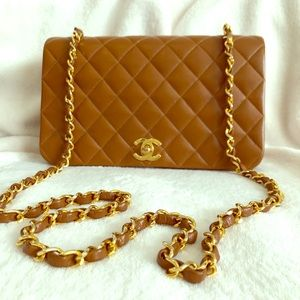 CHANEL lambskin quilted caviar full flap